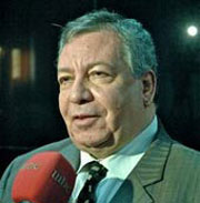 عصــام الغــــازي شاعر وكاتب وصحافي/ جمهورية مصر العربية